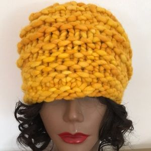 Yellow Gold Cable Knit Hat
